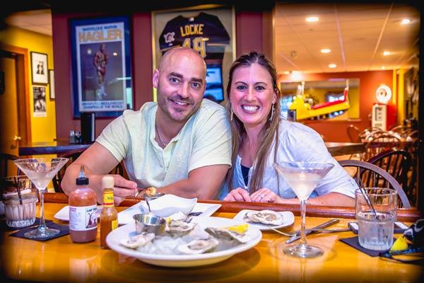 Restaurant / Martini & Whiskey Bar Couple
