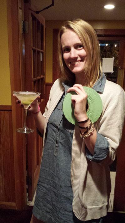 Restaurant / Martini & Whiskey Bar Girl
